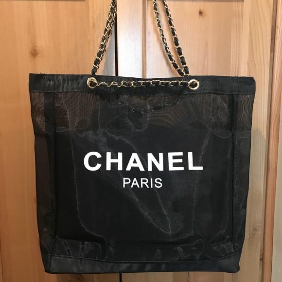 820141d3bf66 Chanel Paris CC Mesh Tote VIP Gold Chain Strap